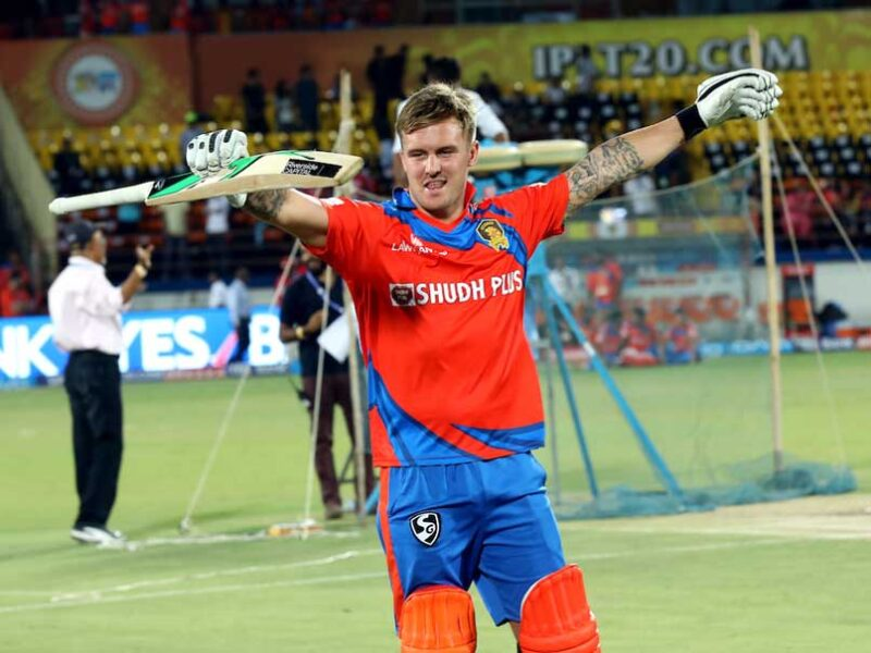 IND vs ENG: टी-20 सीरीज में धमाल मचाने वाले 3 क्रिकेटर, जो IPL में नहीं आएंगे नजर 9