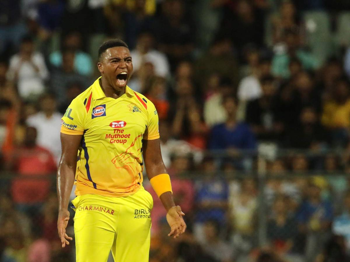 IPL 2021: आईपीएल के पहले मैच में इन 11 खिलाड़ियों के साथ उतर सकती है चेन्नई सुपर किंग्स 11