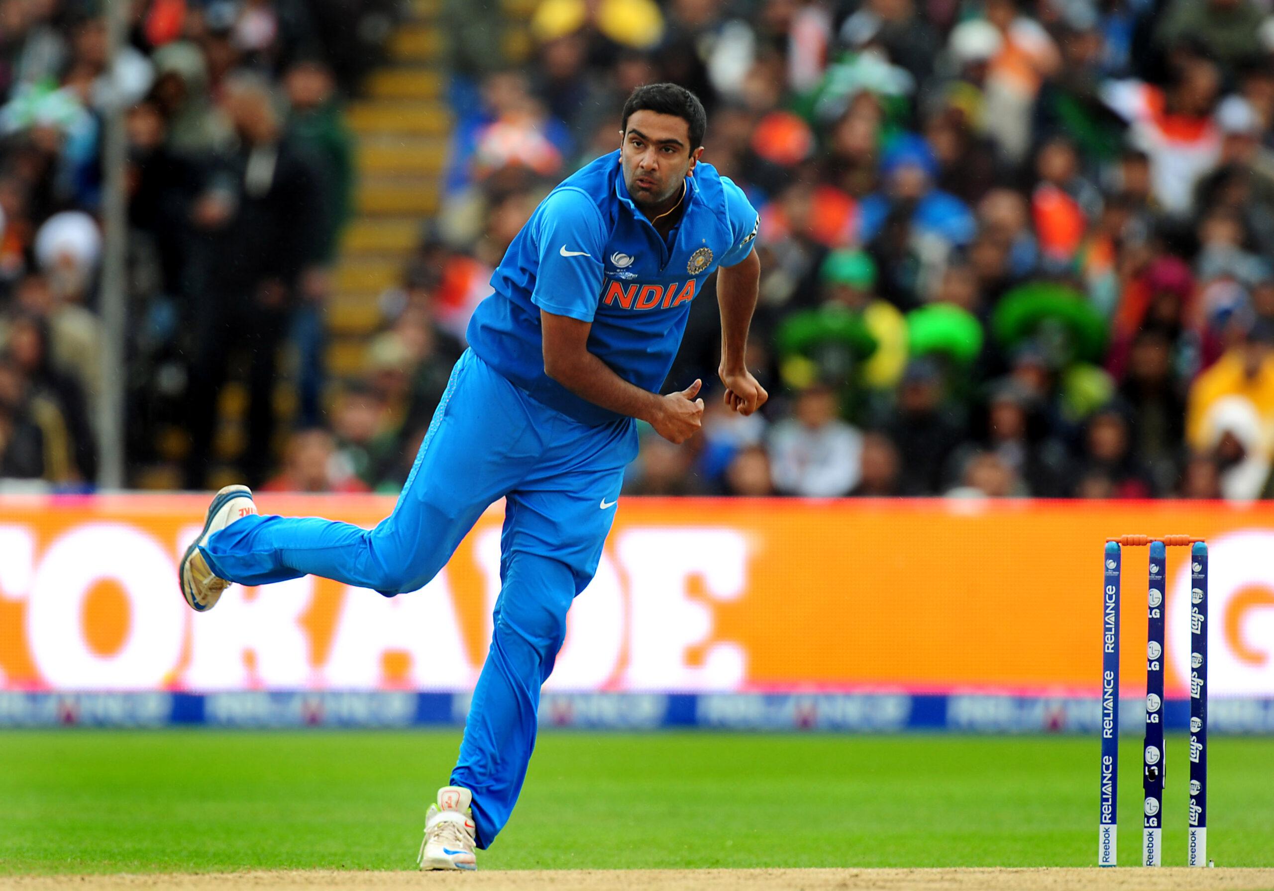 क्या अश्विन खेल पायेंगे भारत के लिए टी-20? सुनील गावस्कर ने कसा तंज 3