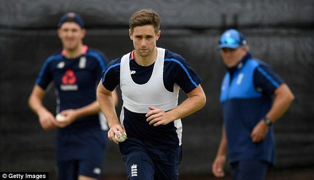 इंग्लैंड के गेंदबाज क्रिस वोक्स स्वदेश लौटे, जानिए क्या है कारण 7