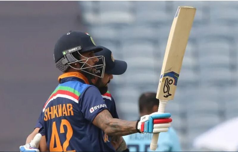 IND vs ENG : शिखर धवन ने पहले वनडे में रचा इतिहास, वीरेंद्र सहवाग की बराबरी में पहुंचे 12