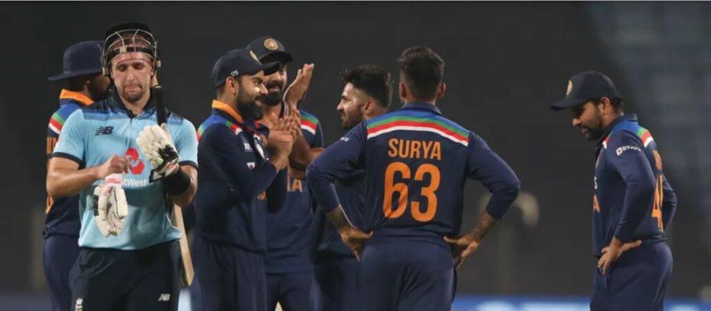 INDvENG : भारत ने निर्णायक मुकाबले में इंग्लैंड को 7 रन से हराया, रोहित-कोहली की इस समझदारी से जीता भारत 3