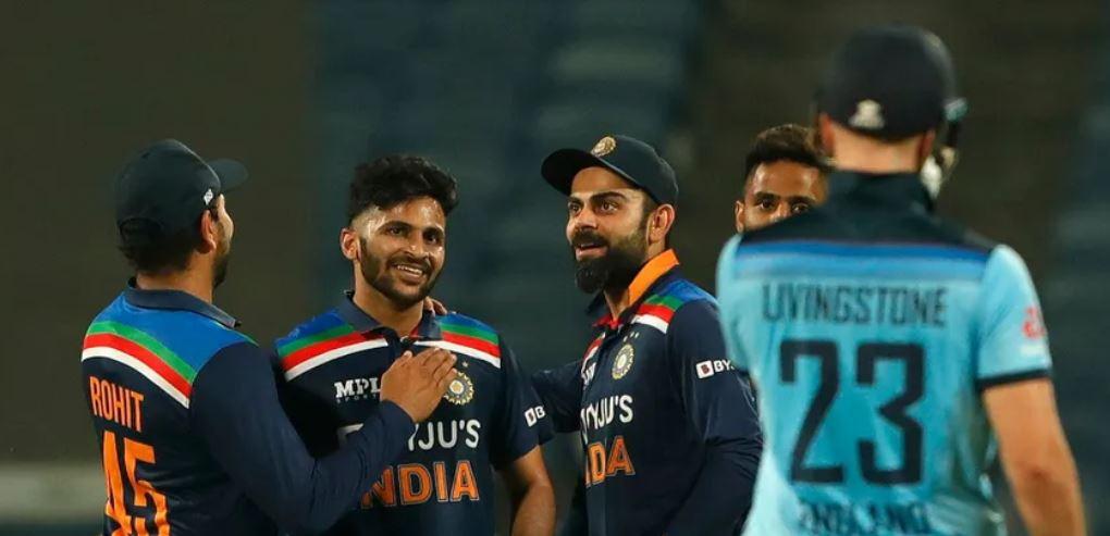 INDvENG : भारत ने निर्णायक मुकाबले में इंग्लैंड को 7 रन से हराया, रोहित-कोहली की इस समझदारी से जीता भारत 1