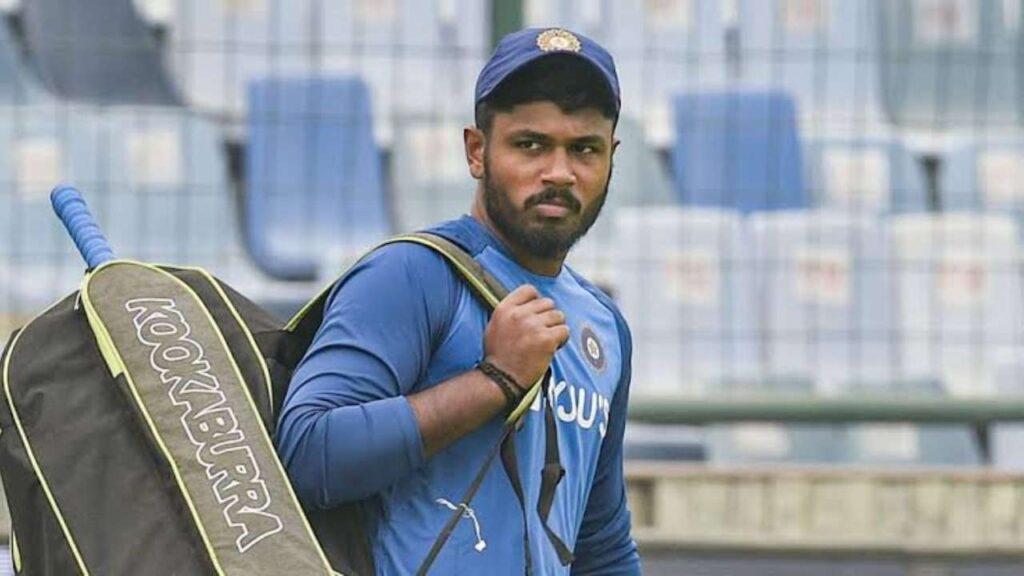 दूसरे वनडे में भारतीय टीम की प्लेइंग इलेवन देख भड़के फैंस, इस खिलाड़ी को जगह देने की उठाई मांग 2