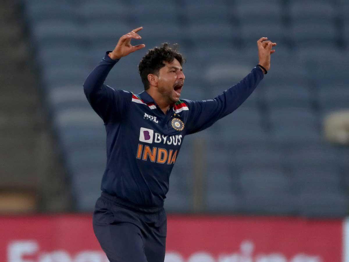 श्रीलंका के खिलाफ कुलदीप यादव के शानदार प्रदर्शन के बाद संजय मांजरेकर ने विराट कोहली को लगाई फटकार 4