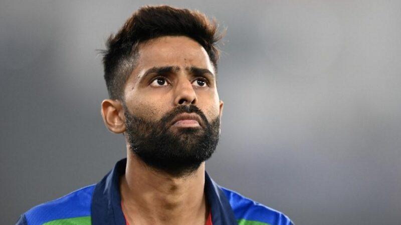 IND vs ENG : सूर्यकुमार यादव को मौका न मिलने से फैंस भड़के, कप्तान कोहली पर निकाल रहे अपना गुस्सा 8