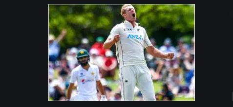 इस गेंदबाज ने बढ़ाई विराट कोहली की मुसीबत, आईपीएल से पहले परेशानी में भारतीय कप्तान 4
