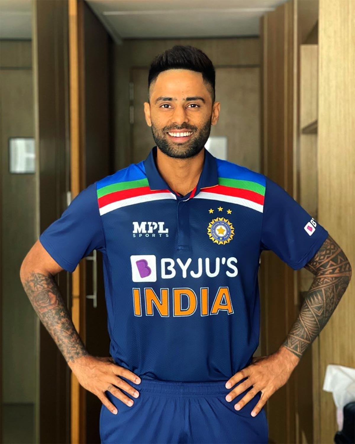 मुंबई इंडियंस ने खास अंदाज में दी सूर्यकुमार यादव को जन्मदिन की बधाई, साथी खिलाड़ियों ने बर्थडे बनाया स्पेशल 2