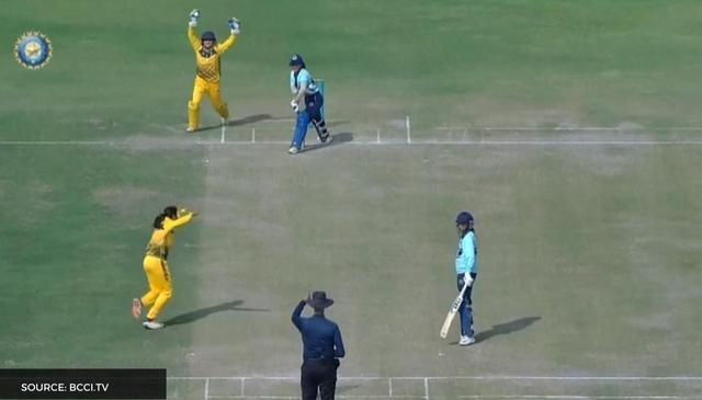 सीनियर महिला वनडे टूर्नामेंट में बना शर्मनाक रिकॉर्ड, महज़ 4 गेंदों पर खत्म हुआ मैच 6