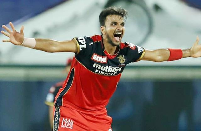 IPL 2021: दिल्ली कैपिटल्स ने नहीं किया भरोसा टीम से किया बाहर, अब मुंबई इंडियंस के खिलाफ 5 विकेट लेकर रचा इतिहास 8