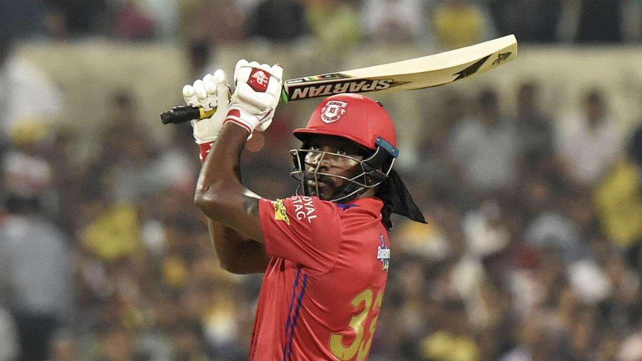 IPL 2021: आईपीएल में टीम की तरफ से सबसे अधिक छक्के जड़ने वाले खिलाड़ी 1