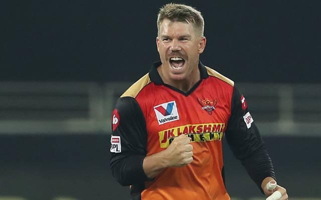 IPL:2021 आईपीएल से पहले सनराईजर्स हैदराबाद टीम के कप्तान डेविड वार्नर ने प्रशंसकों से मांगी मदद, जानिए वजह 1
