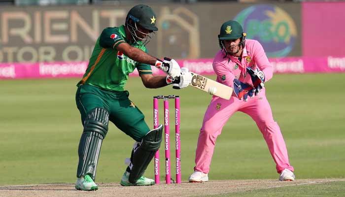 खेल भावना को ताक पर रखकर क्विंटन डिकॉक ने फखर जमां को किया रन आउट, ICC ने लिया कड़ा एक्शन 5