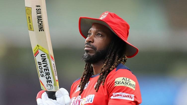 IPL 2021: आईपीएल खेल रहे ये 3 विदेशी खिलाड़ी 20 से भी कम गेंद पर ठोक सकते हैं शतक 3