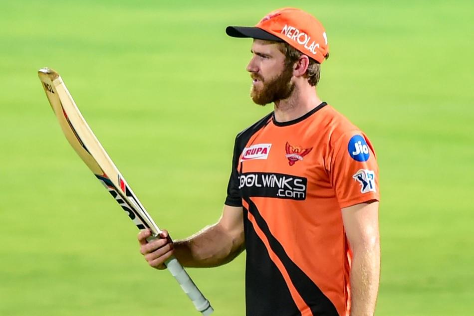 IPL 2021: हार के बाद सनराइजर्स हैदराबाद के कप्तान और कोच ने रोया डेविड वार्नर का रोना, कही ये बात 2