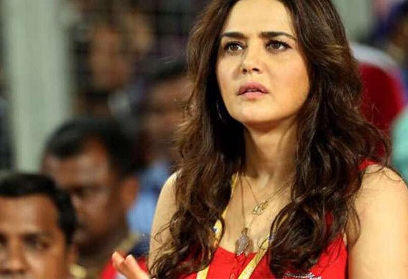 IPL 2021 : पंजाब की मालकिन प्रीति जिंटा ने क्यो कहा, ये टीम हार्ट अटैक देना बंद नही करेगी 4