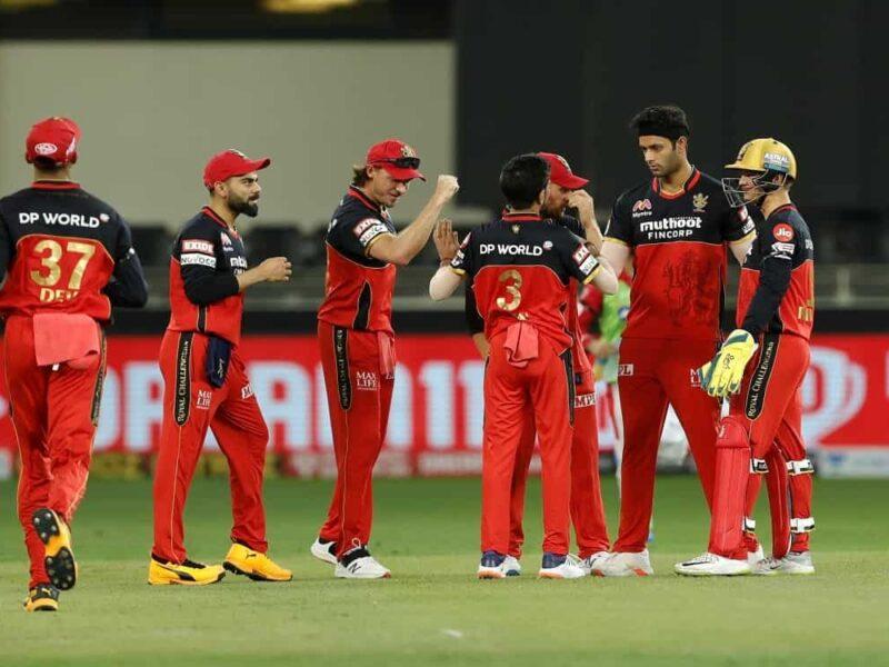 आकाश चोपड़ा ने चुनी आईपीएल 2021 के लिए रॉयल चैलेंजर्स की टीम, इन 11 खिलाड़ियों को दी जगह 3