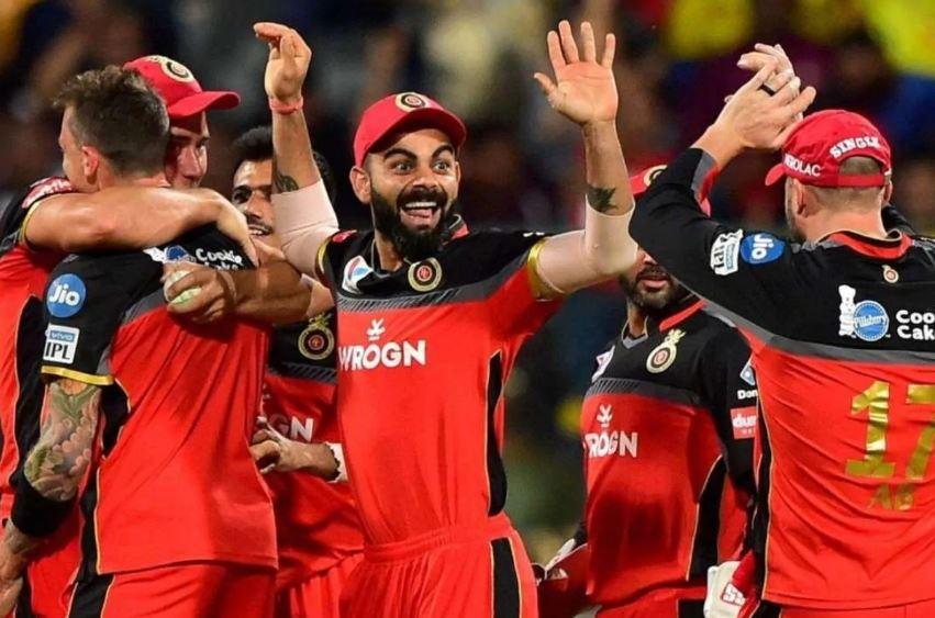 IPL 2021: 27 साल के इस खिलाड़ी ने RCB के लिए 49 गेंद पर बनाए 104 रन, विराट कोहली के मन में फूटे लड्डू 2