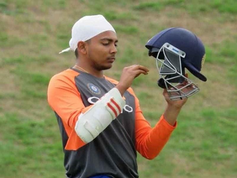 छुट्टी मनाने गोवा निकले क्रिकेटर पृथ्वी शॉ को पुलिस ने इस कारण बीच में ही रोका, हुई ये कार्रवाई 3