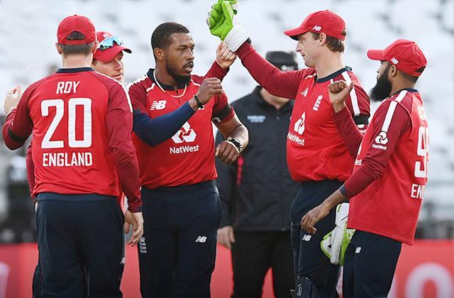 इंग्लैंड के खिलाड़ियों के ना आने से इन 2 टीमों का होगा फायदा, खिताब की राह हो जाएगी आसान 4