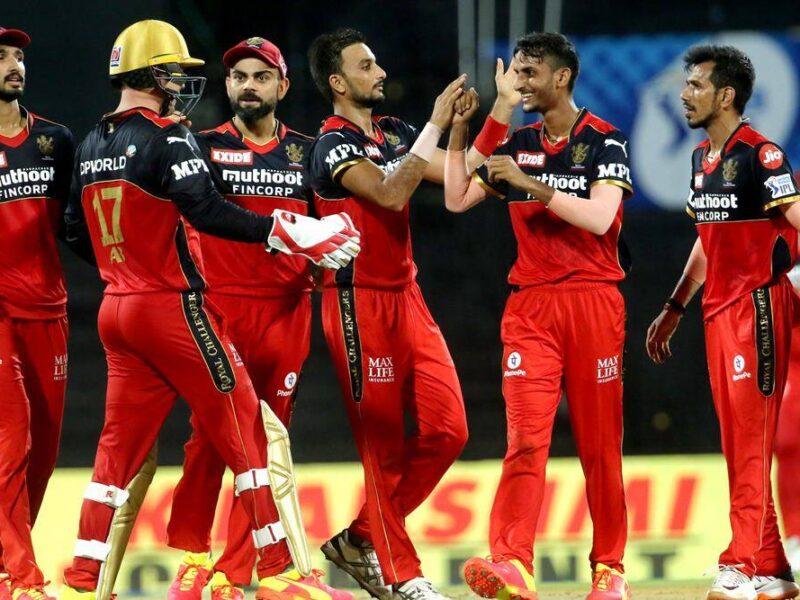 IPL 2021: आईपीएल के मिड सीजन में आरसीबी कर सकती हैं इन 3 खिलाड़ियों को टारगेट 2