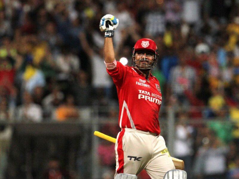 IPL Facts : आईपीएल में सबसे ज़्यादा स्ट्राइक रेट से एक सीज़न में 300+ रन बनाने वाले बल्लेबाज़, ये भारतीय भी हैं शामिल 6
