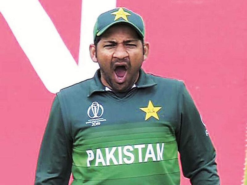 क्रिकेट के मैदान पर 5 सबसे आलसी क्रिकेटर, चौंका देगा लिस्ट में इस भारतीय का नाम 7