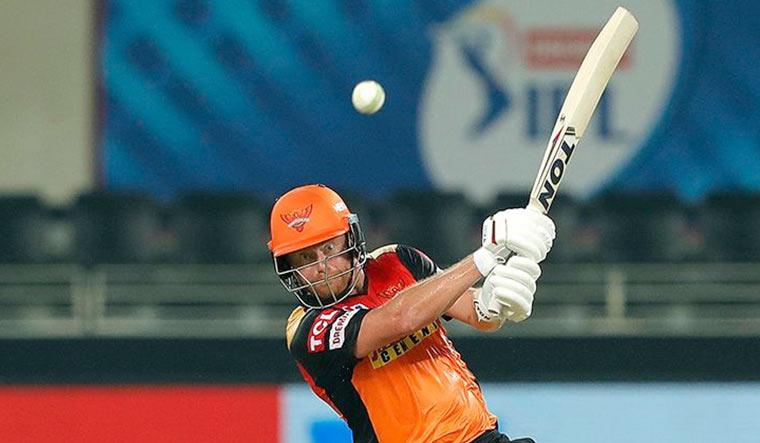 IPL 2021: आईपीएल 2021 में सर्वश्रेष्ठ प्रदर्शन करने वाले विदेशी खिलाड़ियों की प्लेइंग इलेवन जो किसी भी टीम को दे सकती है मात 2