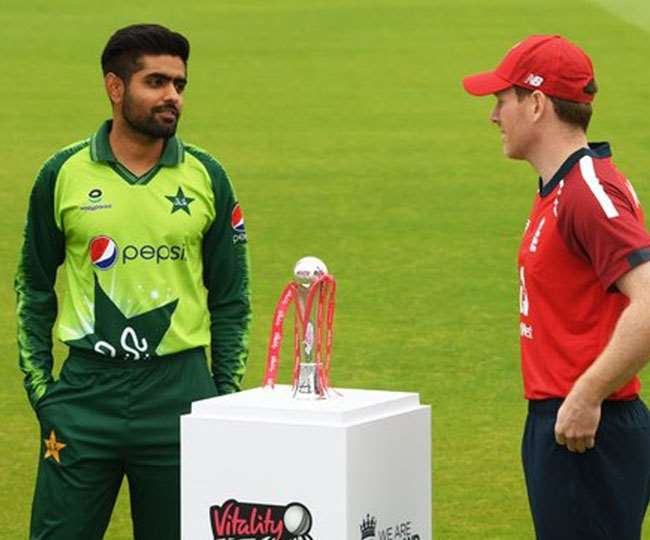 भारत से खराब रिश्तों के चलते इमरान सरकार ने लिया ये बड़ा फैसला, अब पाकिस्तान में ही लोग नहीं देख पाएंगे पाकिस्तान क्रिकेट टीम का मैच