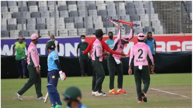शाकिब अल हसन कांड के बाद ढाका प्रीमियर लीग के अधिकारीयों पर हुआ हमला, सभी को आई गंभीर चोटें 8