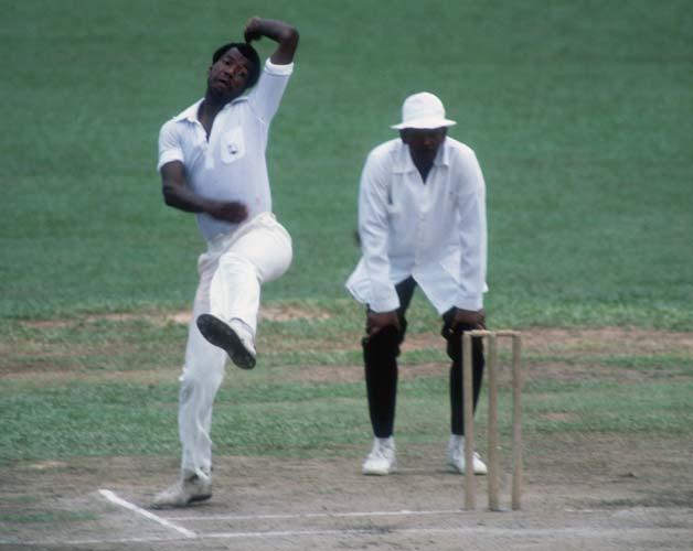 क्रिकेट जगत की इन 5 नस्लीय घटनाओं ने जेंटलमैन गेम को किया शर्मसार 3