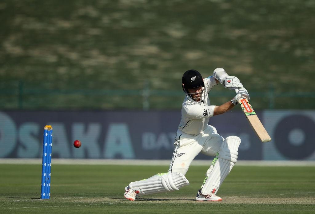 कवर ड्राइव को लेकर मचा बवाल बाबर आजम ने विराट कोहली नहीं इस बल्लेबाज को बताया इसका मास्टर 4