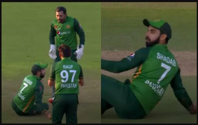 वीडियो : तीसरे वनडे में हुआ कुछ ऐसा, आपस में भिड़ गए सरफराज अहमद और शादाबखान 4