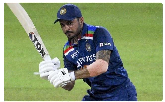 INDvsSL : वनडे सीरीज का हिस्सा रहे ये 3 भारतीय खिलाड़ी, टी-20 सीरीज में नहीं आयेंगे नजर 6