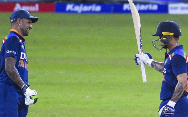 डेब्यू वनडे मैच में छक्के के साथ शुरुआत करने वाले ईशान किशन ने बताया, धवन के समझाने पर उन्होंने क्या दिया जवाब 15