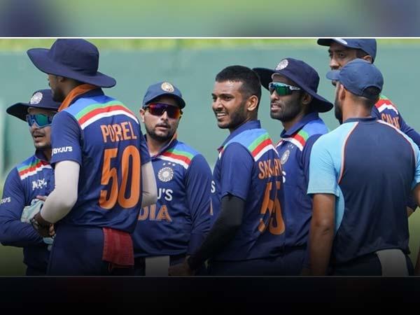 दूसरे वनडे में भारत की प्लेइंग इलेवन देख समझ से परे हैं यह 3 फैसले 1
