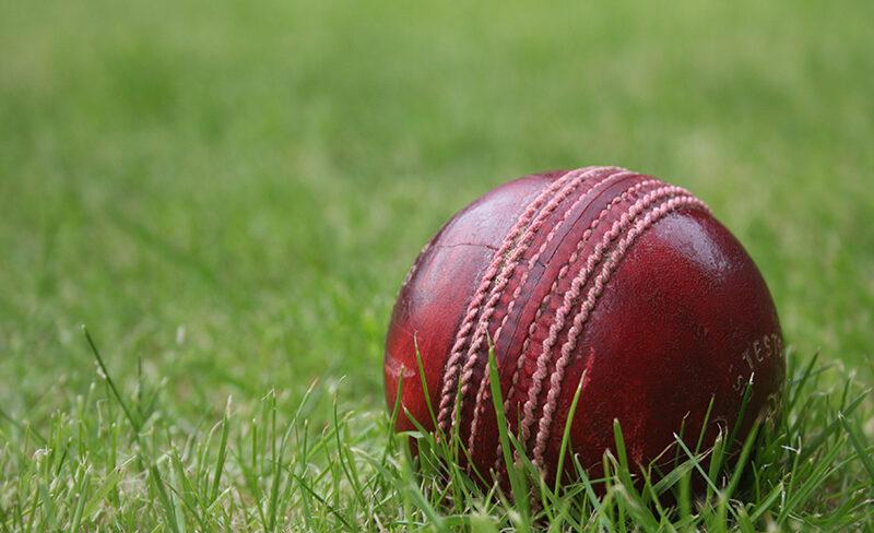 डेब्यू टेस्ट की पहली पारी में ही 8 विकेट लेने वाले इंग्लैंड के इस गेंदबाज ने खुद को गोली मार की आत्महत्या 1