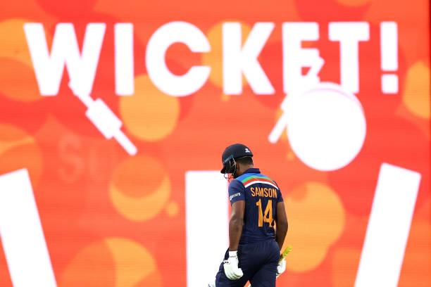 """""""अपने ही पैरों पर कुल्हाड़ी मार रहे हैं संजू सैमसन, अंत की ओर है अंतरराष्ट्रीय क्रिकेट करियर"""" 5"""