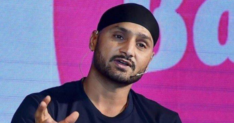 कोहली और रोहित के अलावा कौन है मिस्टर परफेक्ट बल्लेबाज, हरभजन सिंह ने बताया नाम 13