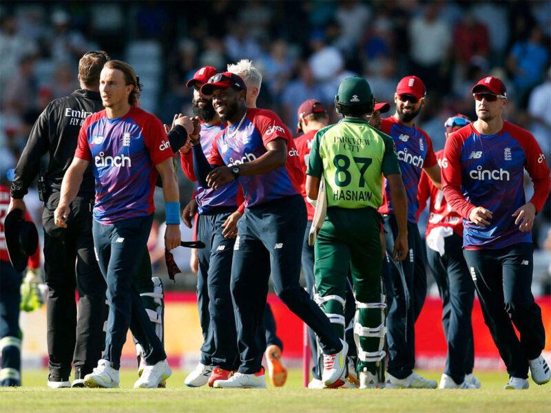 इंग्लैंड ने दूसरे टी20 मैच में पाकिस्तान को दी आसानी से मात, जाने कैसा रहा मैच का हाल 14