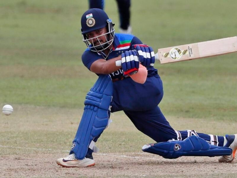 INDvsSL : पहले टी-20 का हिस्सा रहे ये 3 भारतीय खिलाड़ी, दूसरे मुकाबले से हो सकते हैं बाहर 9