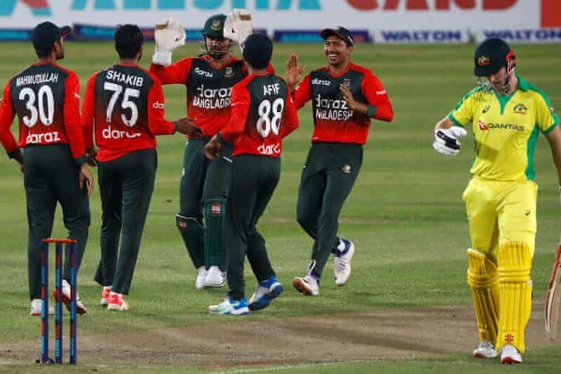 """""""शेफाली वर्मा ने अकेले ही पूरी टीम के बराबर रन बना दिया"""" इंग्लिश क्रिकेटर ने बनाया ऑस्ट्रेलिया का मजाक 5"""