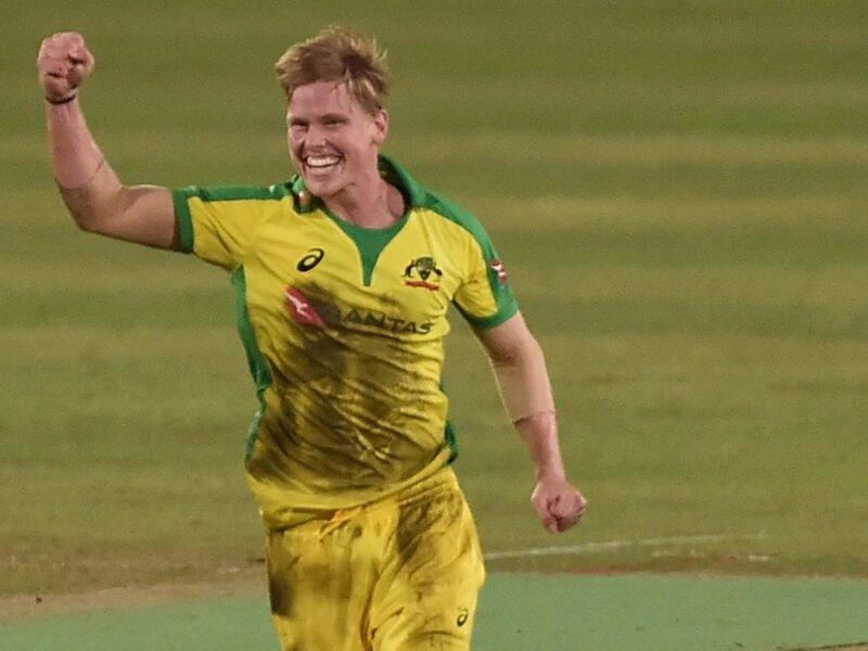 ऑस्ट्रेलिया को मिला टी20 विश्व कप से पहले ऐसा गेंदबाज जिसने डेब्यू मैच में ही लिया हैट्रिक 6