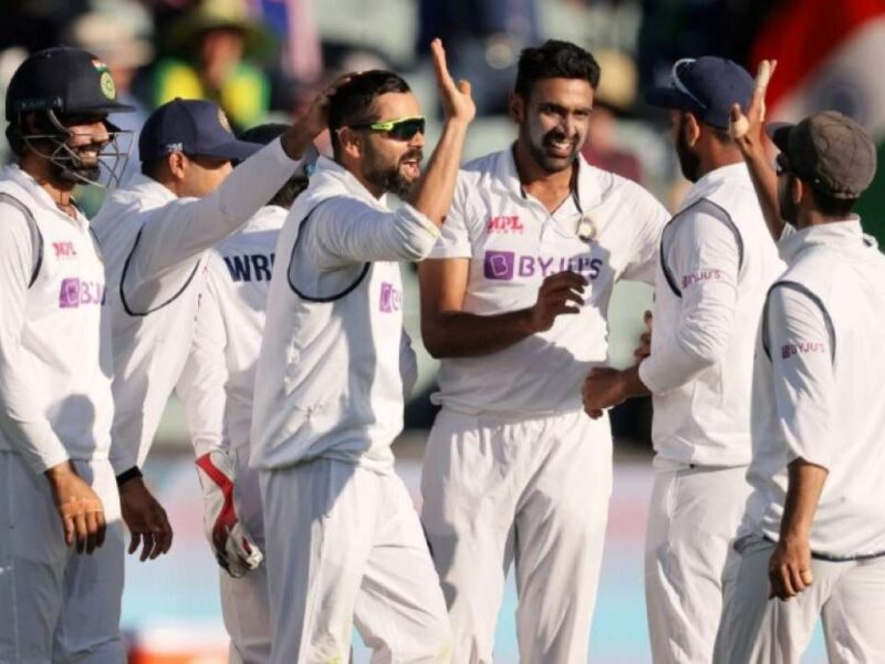 ENG vs IND: इंग्लैंड के खिलाफ पहली ही पारी में भारतीय फैंस को आई इस खिलाड़ी की याद 11