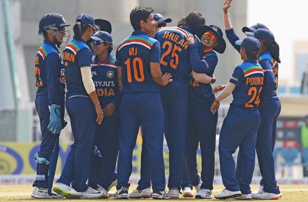आस्ट्रेलिया दौरे के लिए भारतीय टीम की घोषणा, इन दो नई खिलाड़ियों को पहली बार टीम इंडिया में मिला मौका 2