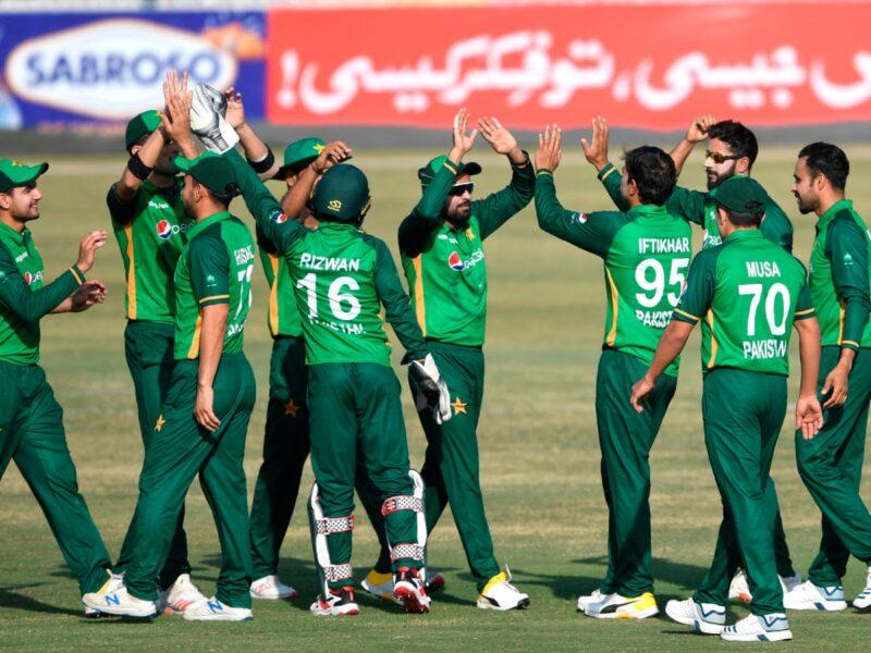 पाकिस्तान ने घोषित की टी20 विश्व कप 2021 के लिए टीम, इन 15 खिलाड़ियों को मिली टीम में जगह 12