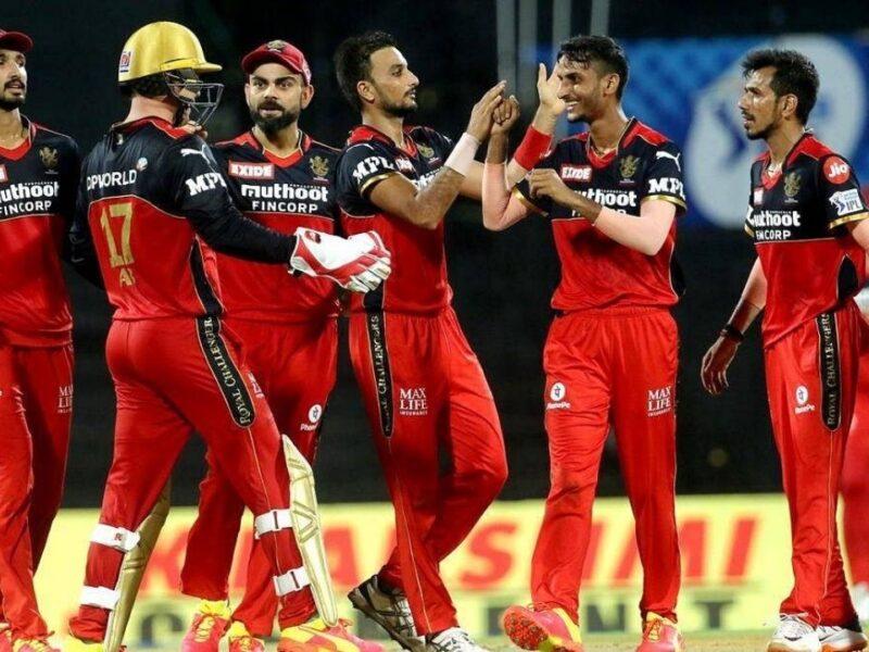 आईपीएल से पहले विराट कोहली के लिए आई खुशखबरी टीम से जुड़ा दुनिया भर की लीग में धमाल मचाने वाला खिलाड़ी, अकेले जीता सकता है ट्रॉफी 8