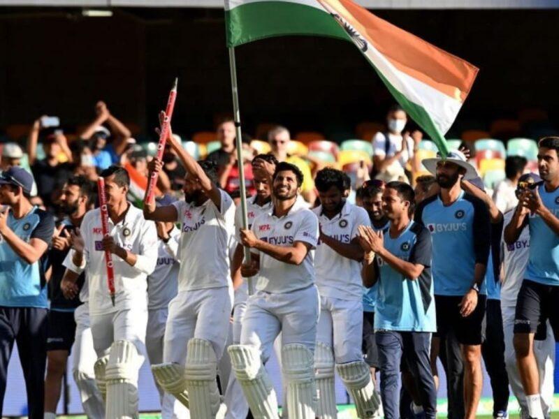ENG vs IND: ओवल टेस्ट मैच के दौरान भारतीय तिरंगे का हुआ अपमान, सुनील गावस्कर ने सिखाई देशभक्ति 14
