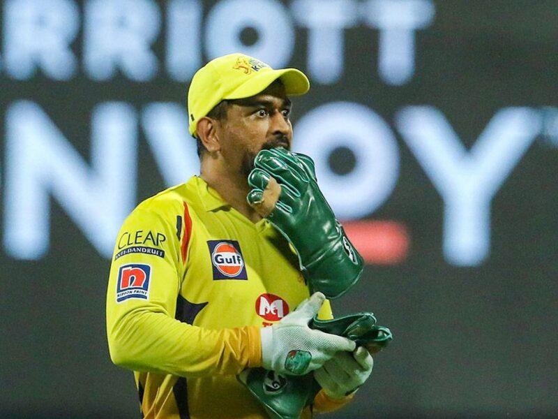चेन्नई सुपर किंग्स की जीत के बाद सोशल मीडिया पर छाए धोनी तो जमकर बन रहा इस खिलाड़ी का मजाक 12