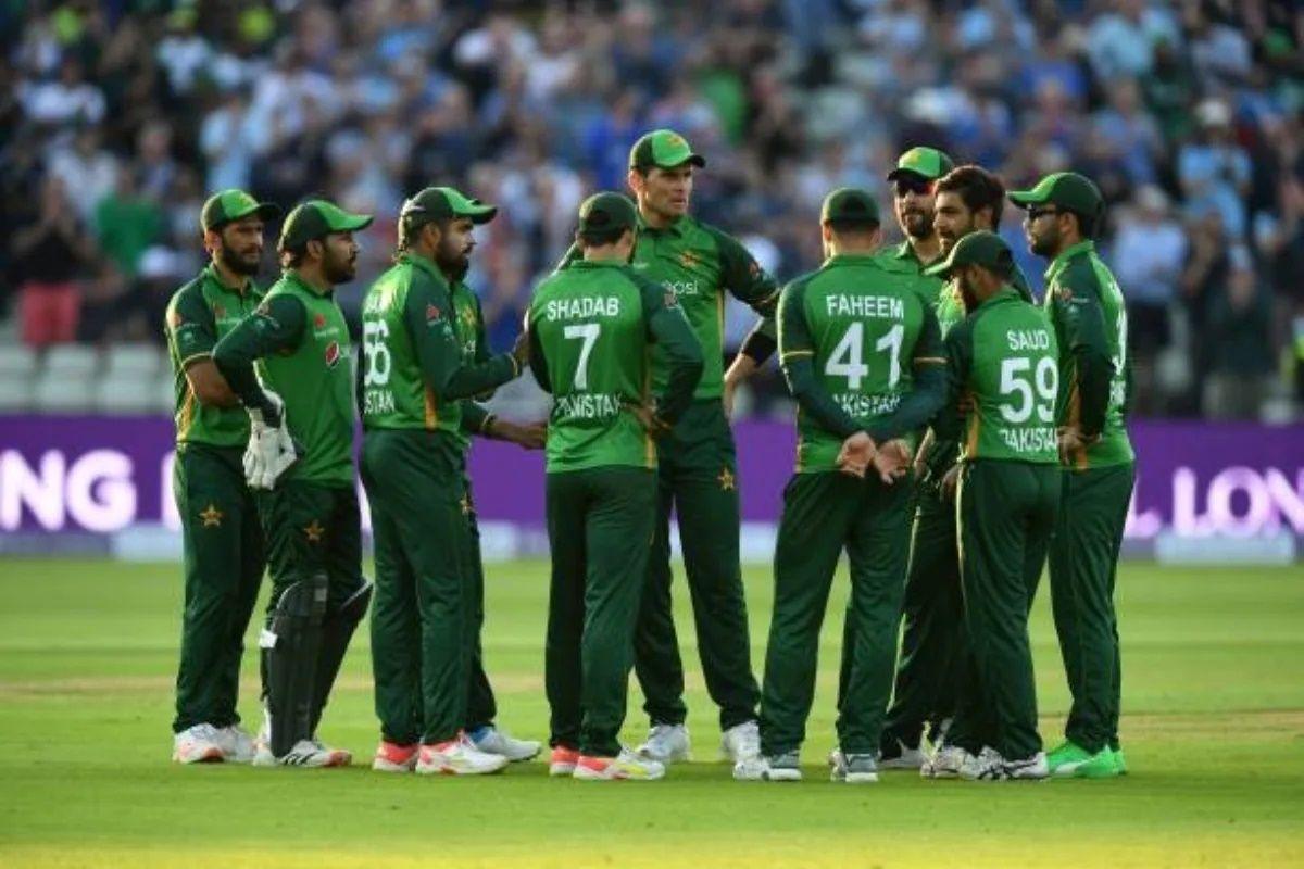 टी20 विश्व कप 2021: पाकिस्तान ने खेला बड़ा दांव ऑस्ट्रेलिया के दिग्गज ओपनर और साउथ अफ्रीकन गेंदबाज को अपनी विश्व कप टीम में दी जगह 1